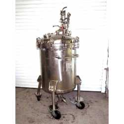 Used stainless steel closed tank capacity 120L second-hand cosmetic and pharmaceutical industrial equipment