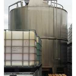 Used stainless steel tank with agitator 28000L second-hand cosmetic and pharmaceutical industrial equipment