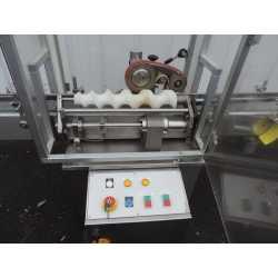 4060 - Boucheuse automatique en ligne par clipsage MAR