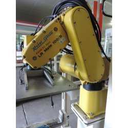 4261- fanuc robot LR mate 100 IB