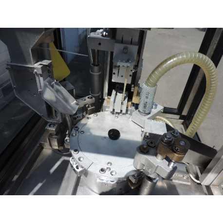 Géluleuse automatique Macofar modèle MT 13 pour granulés - Matériel industriel d'occasion - Vue intérieure