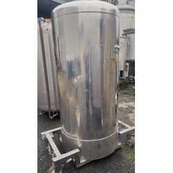 4363 - Cuve inox 700 litres
