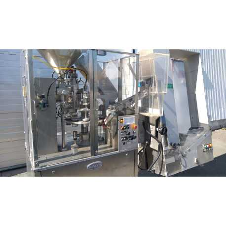 Used Fette tablet press machine model PERFECTA 1000 second-hand cosmetic and pharmaceutical industrial equipment outside view